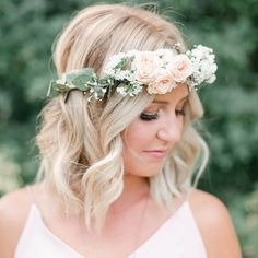 nice vancouver wedding Rose, eucaluptus and baby's breath wedding day floral crown for @marikaposnikoff : @christiegrahamphotography #floralcrown #flowercrown #eucalyptus #babysbreath #gardenroses #vancouverflorist  #vancouverflorist #vancouverwedding #vancouverwedding