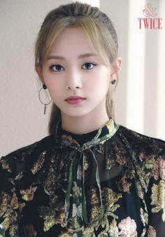 &Twice postcard + card set scans. Nayeon, Twice Jyp, Tzuyu Twice, South Korean Girls, Korean Girl Groups, Fake True, Loona Kim Lip, Chou Tzu Yu, Latest Pics