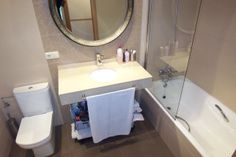 Piso tipo dúplex en edificio de reciente construcción, con 2 baños. Duplex Alquiler, Pagola, Aiete. Inmobiliaria Araxes - 943 211 022 - 696 497 566. Ref: D31904 www.araxes.es social@araxes.es