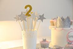 Starry stick birthday decorations - Home Decoration Ideas Diy Party Decorations, Birthday Decorations, Diy Room Decor Videos, Mens Room Decor, Ben And Holly, Plant Pictures, Baby Room, Party Time, Birthdays