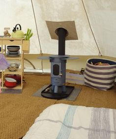 Vacations are highly anticipated, especially when they involve camping. To enjoy your camping trip to the fullest extent, heed the tips included in the article below. The tips will provide you with solid advice that will make your camping adventure. Bell Tent Glamping, Camping Glamping, Luxury Camping, Beach Camping, Camping Hacks, Camping Set, Tent Living, Camping Parties, Cool Tents