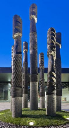 Pou Tu Te Rangi - Chris Bailey Maori Art, Garden Sculptures, Galleries, Public, Carving, Culture, Space, Projects, Floor Space