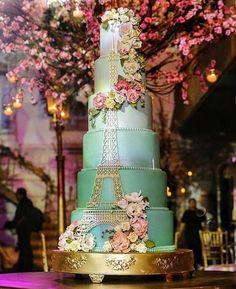 16th Birthday Cake For Girls, Paris Birthday Cakes, Paris Themed Cakes, Paris Themed Birthday Party, 40th Birthday Decorations, Paris Cakes, 16 Birthday Cake, Paris Party, Sweet 16 Birthday