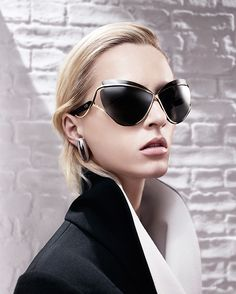 These Dior FW13 exaggerated butterfly/cateye sunglasses are so fabolously glamorous that I don't think I can pull them off..they're amazing though!
