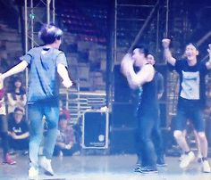 "The Lost Planet in Seoul DVD : Kai's ""Deep Breath"" practice ft. Everyone else (3/3) (GIF)"
