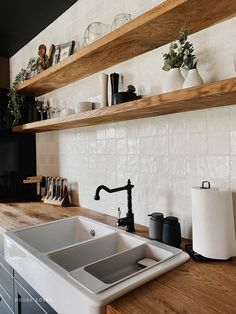 Kuchnia - projekt NYLOFT — HOUSE LOVES Shelves, Home Decor, Shelving, Decoration Home, Room Decor, Shelf, Interior Design, Home Interiors, Book Shelves