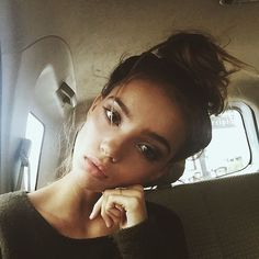 "( inka williams ) ""hi! I'm Carmen and I'm 19 and single. Im a pretty creative person if I must say, and I love meeting new people. Say hello?"""