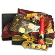 Gourmet Holiday Treats Gift Set to Saint-Vincent-and-the-Grenadines