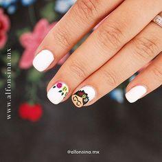 """Alfonsina Nail Spa & Tea Shop en Instagram: """"Frida Kahlo es uno de los personajes más representativos de nuestra cultura. Este diseño es un homenaje a su obra en este mes patrio.…"""""""