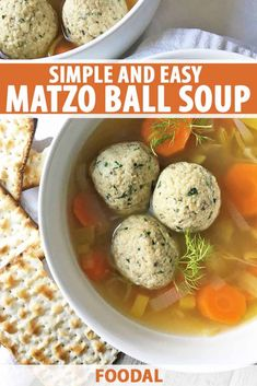 Easy Vegetarian Matzo Ball Soup With Leeks & Carrots Chilly night? Warm up with a bowl of vegetarian Matzo Ball Soup Recipe Vegetarian, Matzo Ball Soup Recipe Easy, Healthy Soup Recipes, Vegetarian Recipes, Matzoh Ball Recipe, Passover Recipes, Jewish Recipes, Passover Food, Matzo Meal