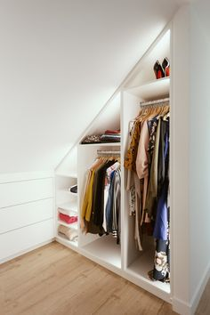 Walk-in closet under a sloping roof with indirect LED lighting . - Walk-in closet under a sloping roof with indirect LED lighting. Understairs Storage Walk-in roof an - Attic Bedroom Closets, Attic Bedroom Storage, Attic Master Bedroom, Attic Bedroom Designs, Loft Storage, Attic Wardrobe, Attic Closet, Attic Design, Laundry Room Storage