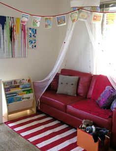 Organising Kids Spaces: Our Book Corner, from http://childhood101.com