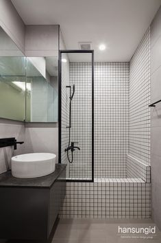 Corner Bathtub, Decorating Ideas, Bathroom, Bathrooms, Washroom, Full Bath, Bath, Corner Tub