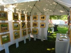 10 Unique Art Show Displays – Carmen Whitehead Designs Art And Craft Shows, Craft Show Ideas, Diy Photo, Art Display Panels, Display Boards, Craft Booth Displays, Display Ideas, Craft Booths, Store Displays