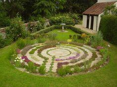 Thyme labyrinth postcard