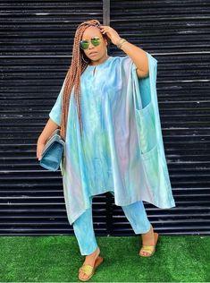 African Fashion Designers, Latest African Fashion Dresses, African Print Fashion, African Tops For Women, Ankara Long Gown Styles, Kaftan Tops, African Print Skirt, Africa Dress, African Traditional Dresses