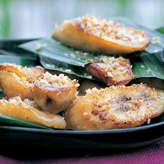 Recept - Geroosterde banaan met kokos - Allerhande Salmon Burgers, Baked Potato, Healthy Snacks, Yummy Food, Vegan, Ethnic Recipes, Desserts, Gluten, Drinks