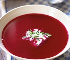 Red beets soup recipe