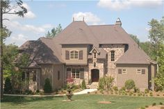 Home Plans EDG-4337 have an amazing luxury exterior and floor plan.