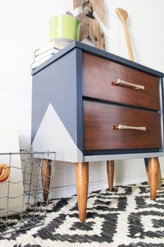 Today I am sharing with you guys a makeover of a Mid Century Modern style end table I picked up from a Facebook sale site. As usual this piece was a wood and laminate combo, but with what I had in mind, all the right pieces were wood for staining. Since this piece was going...Continue Reading