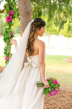 Dress: Anna Campbell | Silk Truffle Photography