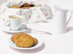 Galletas de jengibre y miel para #Mycook http://www.mycook.es/receta/galletas-de-jengibre-y-miel/