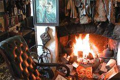 Irish Bar Design Cottage Style-Johnnie Fox's