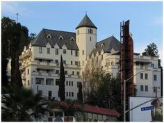 Google Image Result for http://www.you-are-here.com/building/chateau_marmont.jpg