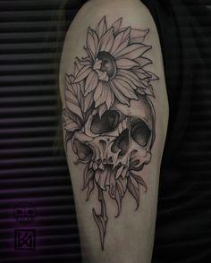 Skull tattoo on shoulder black and grey by Ildar Kasimov Feminine Skull Tattoos, Floral Skull Tattoos, Skull Thigh Tattoos, Animal Skull Tattoos, Bird Skull Tattoo, Small Skull Tattoo, Feminine Tattoo Sleeves, Skull Tattoo Flowers, Leg Tattoos Women