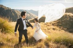 THE 2015 BEST OF THE BEST DESTINATION PHOTOGRAPHY COLLECTION    Photographed in Lake Wanaka, New Zealand by Kristy Ryan of blush wedding photography