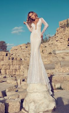 #Wedding Dresses by Julie Vino Fall 2014  | bellethemagazine.com
