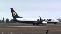 Ryanair Boeing 737-800 EI-DHE Take Off Sevilla LEZL