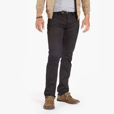 Osloh Lane Jeans is a modern, versatile trouser in a relaxed straight fit that feels just right when 5-pocket jeans are just a bit too casual.