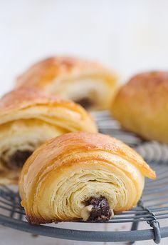 Napolitanas de #chocolate. #Receta de pan au chocolat http://www.unodedos.com/recetario-de-cocina/napolitanas-de-chocolate-receta-de-pan-au-chocolat/
