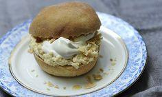 Selma (Scandinavian cardamom cream buns)