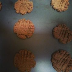 Sugar Free Peanut Butter Cookies Sugar Free Peanut Butter Cookies, Health Fitness, Healthy Recipes, Desserts, Blog, Tailgate Desserts, Deserts, Healthy Eating Recipes, Postres