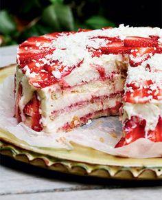 Lækker opskrift på jordbærlagkage fra Birthe Sandager og Arne Fusagers køkkenskole, La Cuisine du Jardin, i Provence.