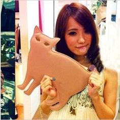 1 PC retail 2012 new Japanese vivi magazine article cat shaped rivet female chain Clutch shoulder bag $43.50