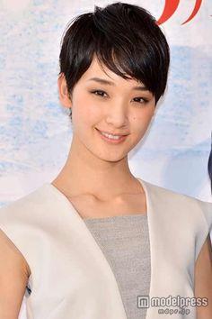 Ayame Gouriki / 剛力彩芽 - 壁ドンのシーン撮影について語った剛力彩芽【モデルプレス】 - 剛力彩芽、恋愛感情のない壁ドンも「ドキドキした」