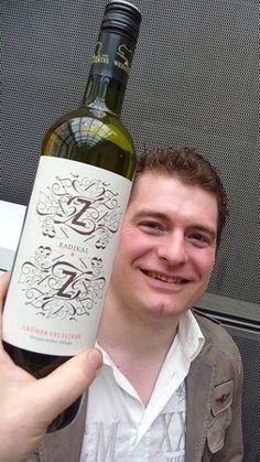 Grüner Veltliner Zillinger, Weinviertel Craft Ideas, Bottle, Drinks, Crafts, Wine, Drinking, Beverages, Flask, Drink