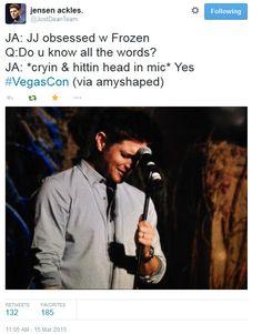 awwww Jensen ♥ ◡ ♥ #Vegascon 2015 || Jensen & JJ Ackles