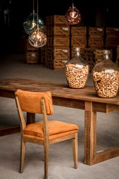 Natural materials bring an instinctive sense of calm, warmth and comfort to a space. Here are 4 timeless furniture to bring some rustic elegance to your home.
