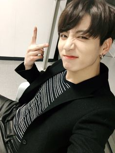 Jungkookie Twitter update. Now an adult. Now 20 because of the new year