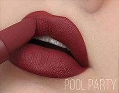 We've got the details on the newest Power Bullet Matte Lipstick shades released by Huda Beauty! The Throwback Collection includes 8 brand new shades featuring sultry pinks and warm browns that were inspired by the Makeup Eye Looks, Eye Makeup, Pro Makeup Tips, Lip Pictures, Matte Lipstick Shades, Lip Makeup Tutorial, Perfect Lipstick, Beautiful Lips, Lip Art