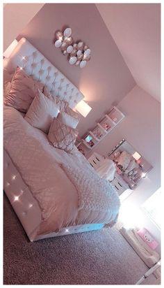 Light Pink Room Decor Bedroom Decor Pink Bedroom Design with Cute Room Decor Cute Bedroom Ideas, Room Decor Bedroom, Girl Bedroom Decor, Dream Rooms, Bedroom Decor, Stylish Bedroom, Room Makeover, Room Ideas Bedroom, Bedroom Design