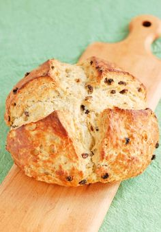 Would it be St. Patrick's day without Irish Soda Bread? Not in my house! Put on the kettle and enjoy a slice of this buttermilk-enriched, raisin-filled bread with a hot cup of tea. Tasty Bread Recipe, Irish Soda Bread Recipe, Bun Recipe, Baking Recipes, Dessert Recipes, Bread Recipes, Desserts, Irish Recipes, Holiday Recipes