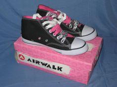 Womens Black and White AirWalk Shoes Size 6.5 Never Worn - Airwalk 4b79dc4cf