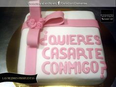 Confúndela con la fecha de su cumpleaños al regalarle un #pastel, lo que no sabrá es que tiene un mensaje de propuesta de #matrimonio. ¡Encuentra el #anillo para esta propuesta en nuestro Facebook!   #LasMejoresPropuestas  #Gdl #CarloConti #GaleriaJoyera