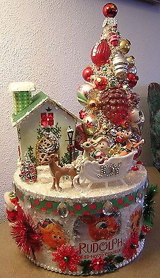 RUDOLPH THE RED NOSE REINDEER CHRISTMAS BOX VINTAGE ORNAMENTS BOTTLE BRUSH TREE