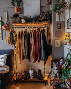 """Interior Design & Decor en Instagram: """"Find more at @bohotribex 😍 Invest in some cozy sweaters to keep you warm when it's cold outside ❤️  . Image by…"""""""